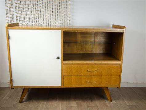 meubles scandinaves vintage vendre table de lit