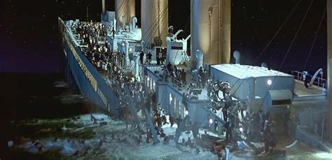 Titanic The Boat Sinking by Rms Titanic Sinking Movie Www Imgkid The Image Kid