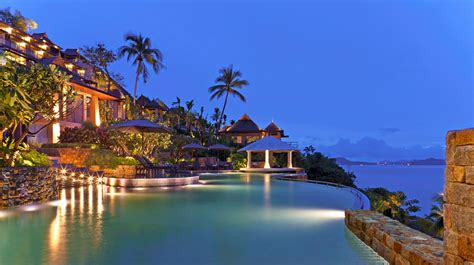 hotel avec bain a remous dans la chambre top 7 des hôtels luxueux à phuket