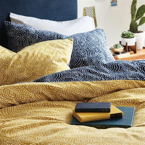 Best Linen Bedcovers by Best Duvet Covers To Hibernate In Style This Season