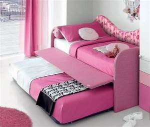 Girls sofa bed home the honoroak for Girls sofa bed