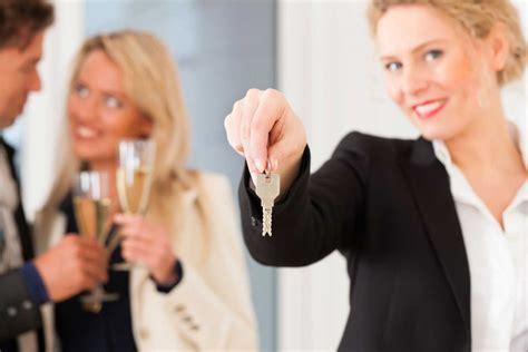 Was Bei Wohnungsbesichtigung Fragen by Achten Sie Bei Einer Wohnungsbesichtigung Unbedingt Auf