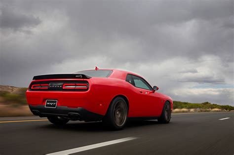 hellcat challenger dodge challenger to receive awd variant wide body hellcat