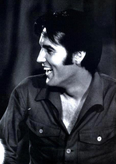 1968 Elvis Presley Smile