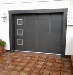 Porte de garage coulissante en aluminium carrosserie auto for Porte garage coulissante aluminium