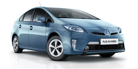 toyota msrp charged evs toyota reduces msrp for 2014 prius plug in
