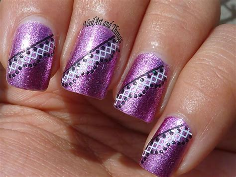 Nail Art : Nail Art & Manicures Damage Your Nails