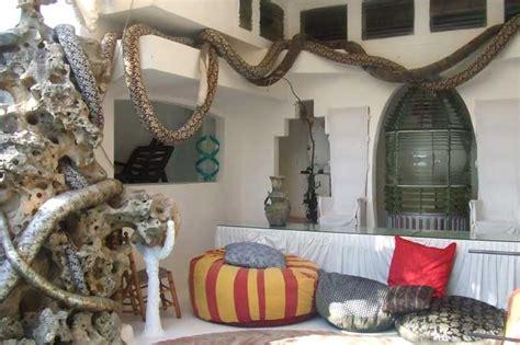 petits meubles de cuisine l 39 agora des arts patrimoines maison de salvador dali à