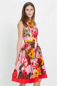 Olivia Palermo Oscar De La Renta Lookbook 05-red floral