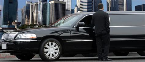 Limo Service by Luxury Limo Service Boston Boston Airport Limo Service