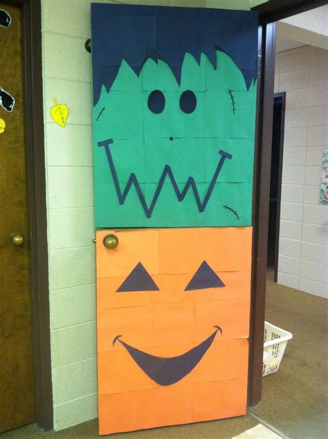 21 best images about holidays in the residence halls on 198 | 676129967be4ee3d83f84cc3d4370d3d halloween door decorations preschool door