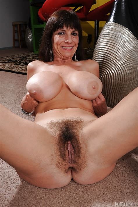 Busty Mature Babe Sage Hughes Stripping And Exposing Her