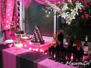 deco anniversaire noir et fuchsia amelie hachette With salle de bain design avec décoration anniversaire anniversaire 20 ans