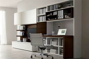 Wohnwand Braun Weiß : wohnwand mit schreibtisch als arbeitsplatz im wohnzimmer ~ Orissabook.com Haus und Dekorationen