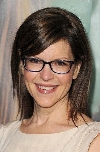 medium length hairstyles     glasses