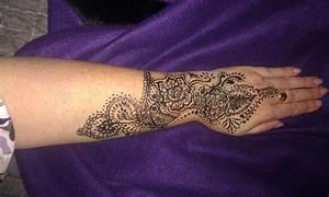 Hand Tattoo Vrouw