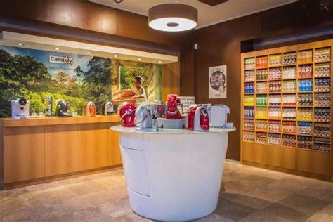 arredamento per negozi ikea arredamento per un negozio di cialde da caff 232 esempi