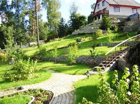landscape slopes 25 beautiful hill landscaping ideas and terracing inspirations