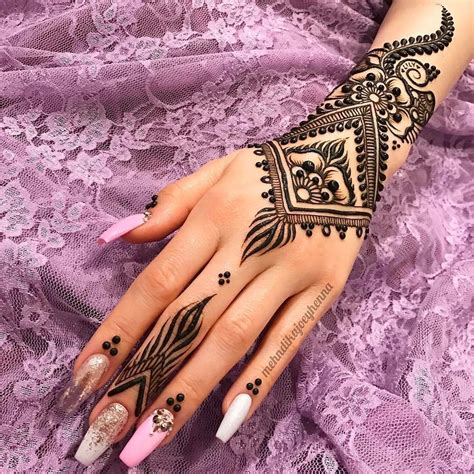 Latest & Best Eid Mehndi Designs 20182019 Special Collection