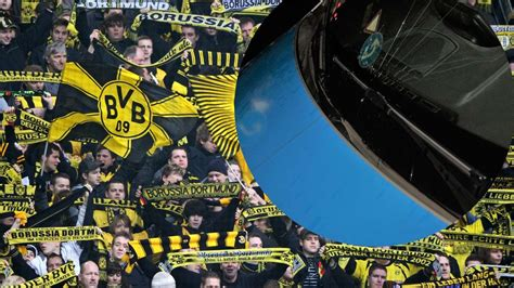 Maybe you would like to learn more about one of these? Dortmund: BVB-Fans randalieren nach 5:0-Sieg gegen Union ...