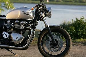 Racing Caf U00e8  Triumph Thruxton 900  1 By Triumph Hamburg