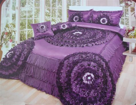 how to choose the bridal bedspreads pouted magazine design trends - Wedding Comforter Sets