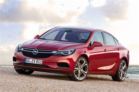 2017 Opel Insignia Review, Specs And Price