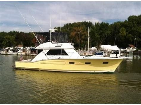 Used Chris Craft Boats For Sale In Ohio by 1974 Chris Craft Sport Fish Powerboat For Sale In Ohio