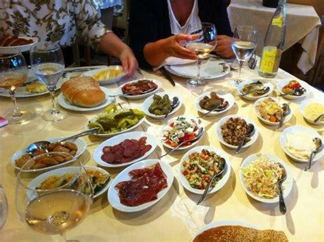 la cuisine proven軋le toutes les saveurs de la cuisine picture of le restaurant armenien cannes tripadvisor