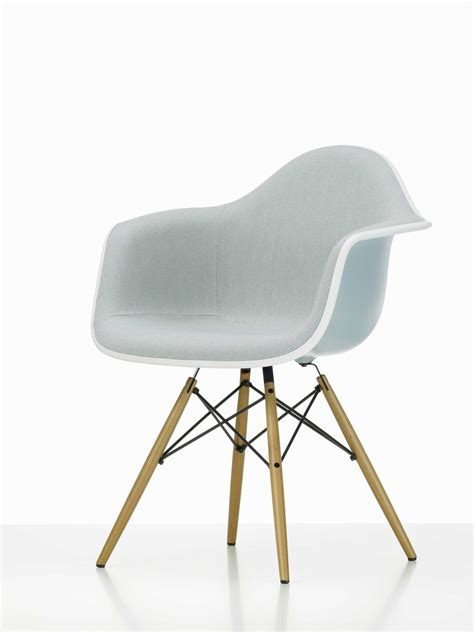 chaise eames daw eames plastic arm chair daw chair fully upholstered vitra