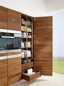Küche Mit Apothekerschrank : k che k7 mit hochschrank und apothekerschrank in nussbaum ~ Frokenaadalensverden.com Haus und Dekorationen