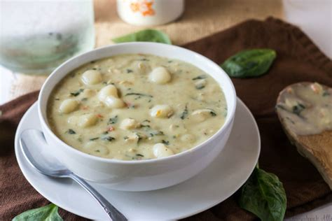 olive garden chicken and gnocchi soup olive garden chicken gnocchi soup the olive
