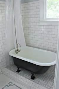clawfoot tub bathroom ideas 25 best ideas about clawfoot tub shower on clawfoot tubs vintage bathtub and
