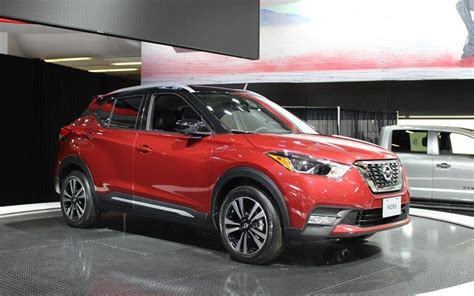 nissan kicks sr review price