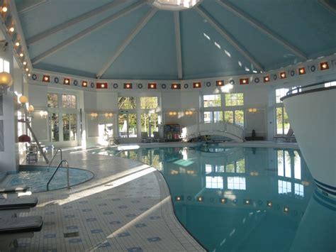 disneyland hotel chambre j 39 ai testé pour vous l 39 hôtel disney 39 s newport bay à
