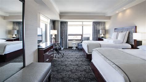 rooms amway grand plaza hotel