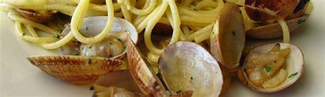 comment cuisiner les palourdes spaghetti aux palourdes la cuisine italienne