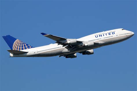 united airlines mileageplus loyalty program review