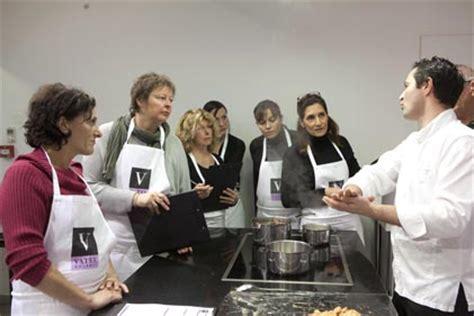 cours de cuisine nimes vatel gourmet traiteur nimes cours de cuisine les bons