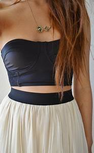 Crop top with high waisted skirt | Can I has? | Pinterest