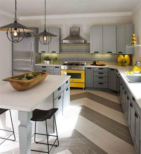 cuisine gris jaune décoration cuisine gris et jaune