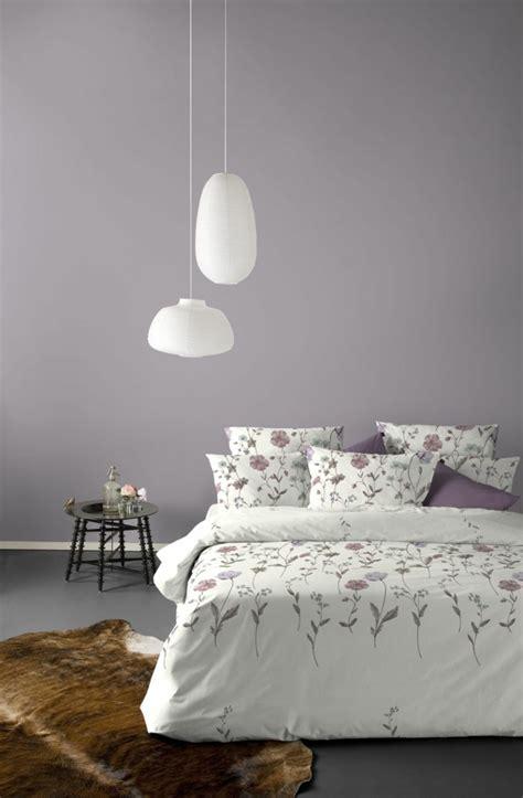 chambre parme 45 idées magnifiques pour l 39 intérieur avec la couleur