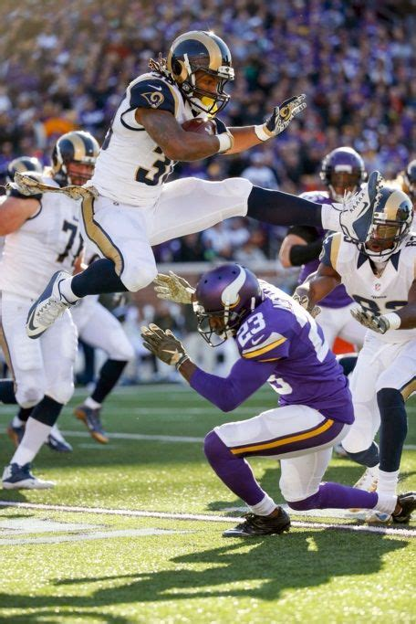 st louis rams rb todd gurley sports nfl rams