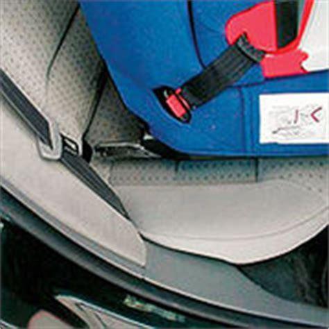 fixation siege auto isofix sièges auto la fixation isofix décryptage ufc que