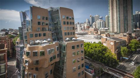 PHOTOS: This amazing 'crumpled bag' Frank Gehry building