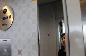2 Mal 2 Meter Matratze : zum ersten mal 147 meter ber stuttgarter erde eveline blohmer stuttgarter zeitung ~ Markanthonyermac.com Haus und Dekorationen