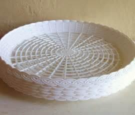 White Plastic Paper Plate Holders