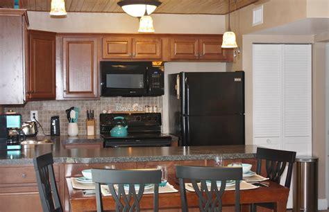 visit vacation florida linens glassware silverware cookware spots appliances