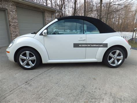 white convertible volkswagen 2007 vw beetle convertible rare white on white