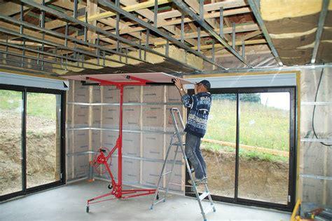 construire ilot central cuisine pose et prix d 39 un faux plafond